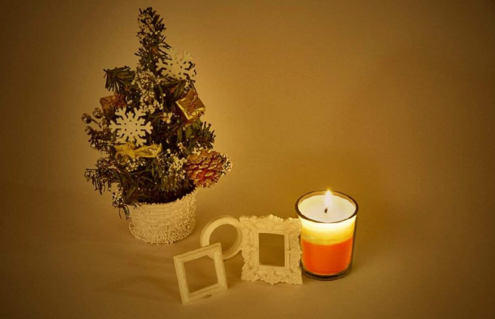 Strawberry Christmas Styled Natural Wax Voltive Candle